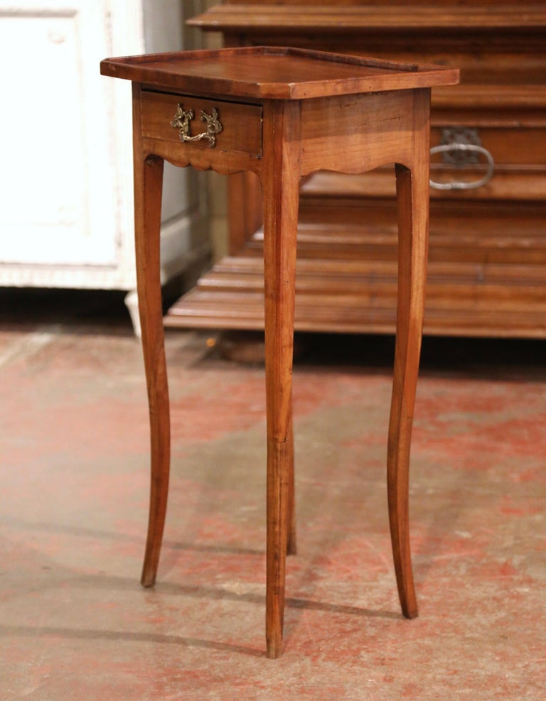 19th Century French Louis XV Carved Walnut Side Table with Drawer For Sale 4