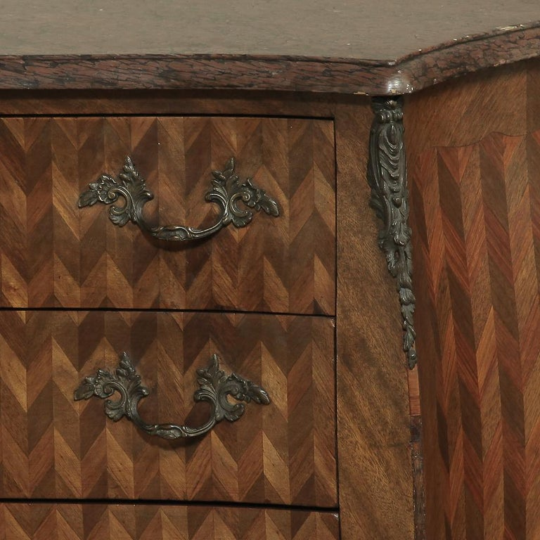 19th Century French Louis XV Marble-Top Marquetry Bombe Commode For Sale 4