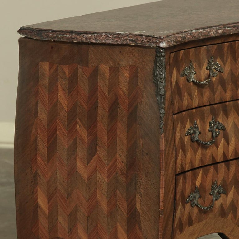 19th Century French Louis XV Marble-Top Marquetry Bombe Commode For Sale 6