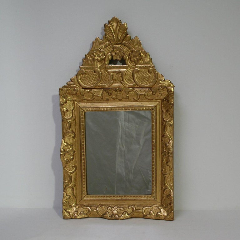 Carved 19th Century French Louis XV Style Baroque Giltwood Mirror For Sale