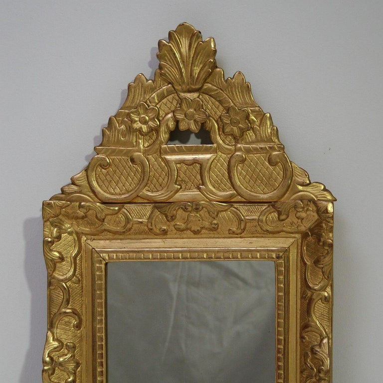 19th Century French Louis XV Style Baroque Giltwood Mirror In Good Condition For Sale In Amsterdam, NL