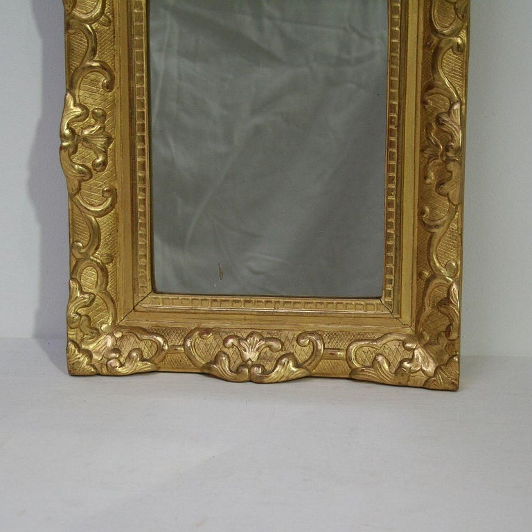 Wood 19th Century French Louis XV Style Baroque Giltwood Mirror For Sale