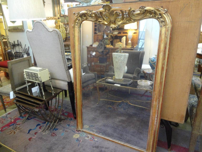 European 19th Century French Louis XV Style Giltwood Mirror For Sale