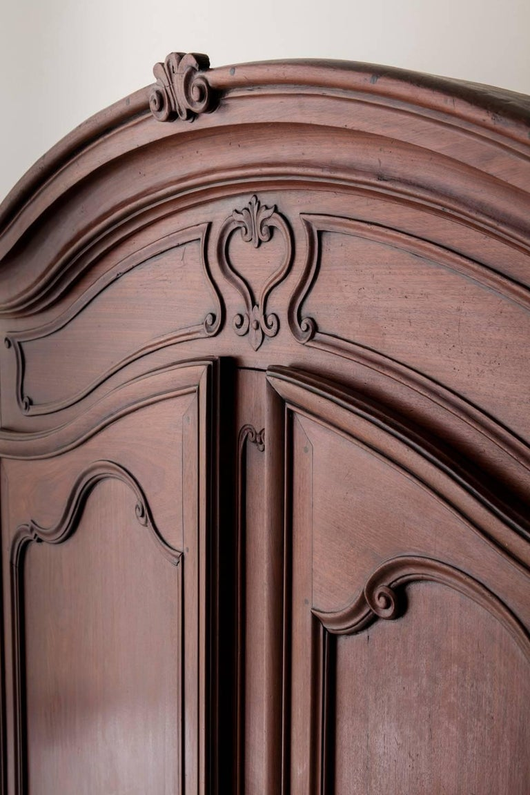 19th Century French Louis XV Style Mahogany Armoire In Excellent Condition For Sale In Wichita, KS