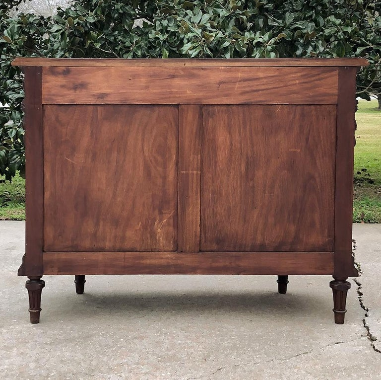 19th Century French Louis XVI Mahogany Commode For Sale 5