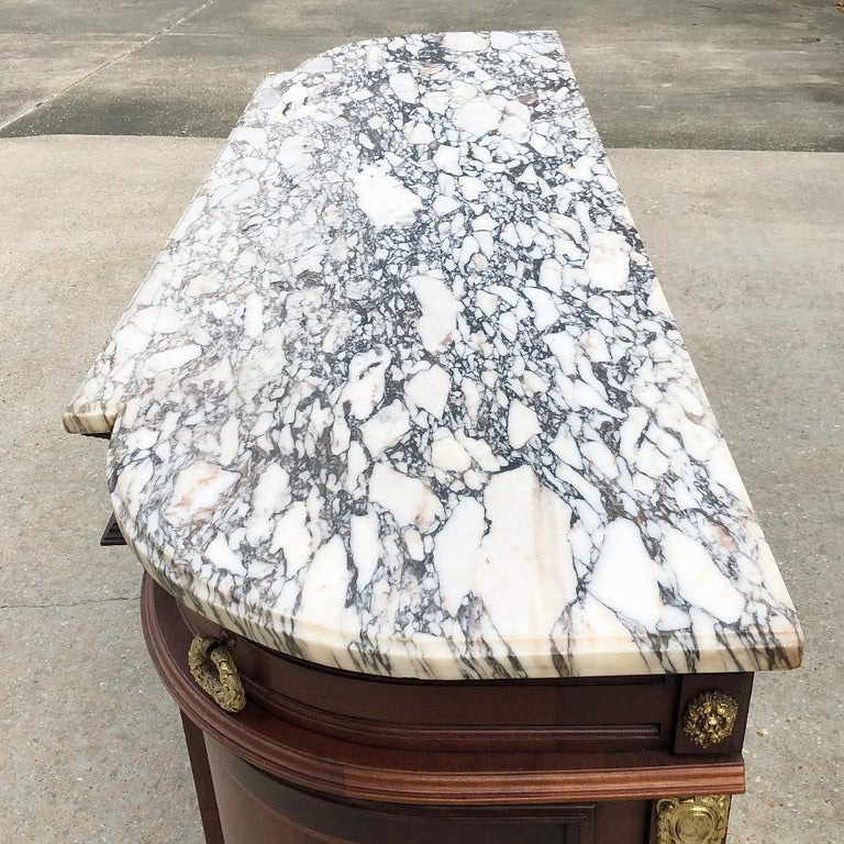 19th Century French Louis XVI Mahogany Marquetry Marble-Top Buffet For Sale 7