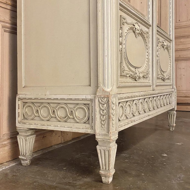 19th Century French Louis XVI Painted Armoire For Sale 5
