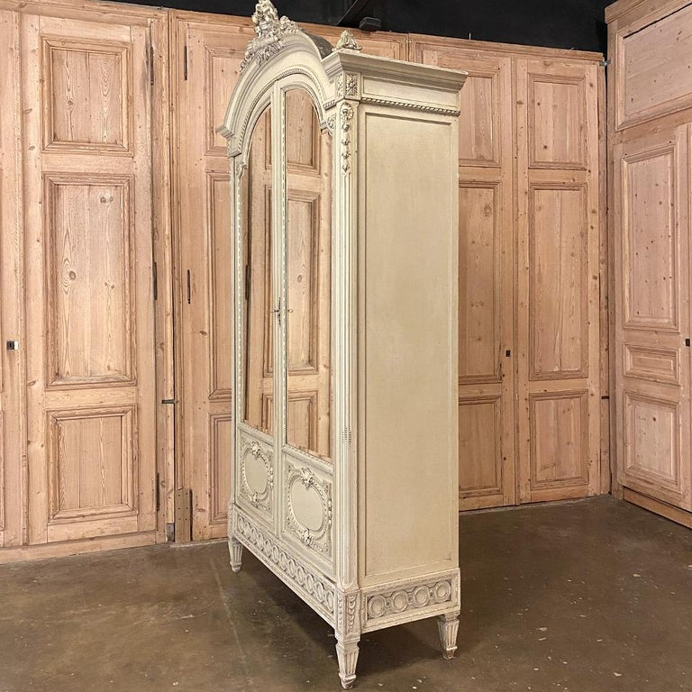 19th Century French Louis XVI Painted Armoire In Good Condition For Sale In Dallas, TX