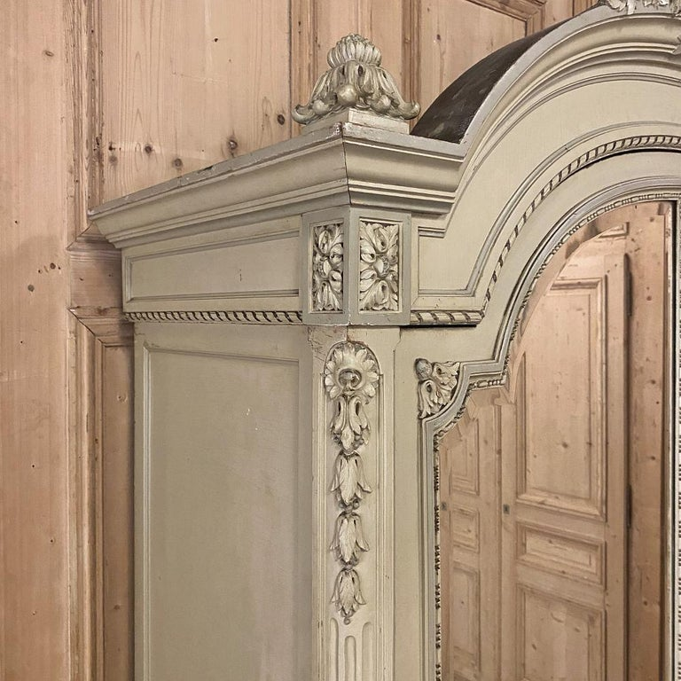 19th Century French Louis XVI Painted Armoire For Sale 3