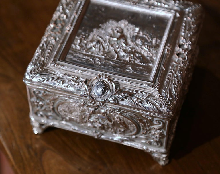 19th Century French Louis XVI Silver on Copper Ornate Repoussé Jewelry Casket For Sale 1
