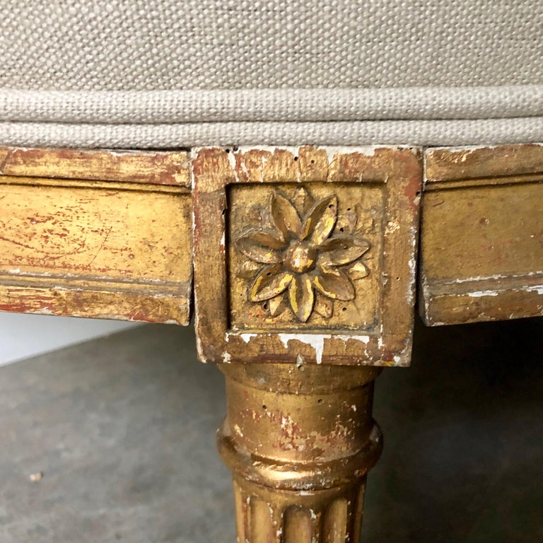 19th Century French Louis XVI Style Canapé For Sale 4