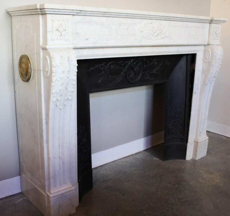 19th Century French Louis XVI Style Carrara Marble Mantel For Sale 9