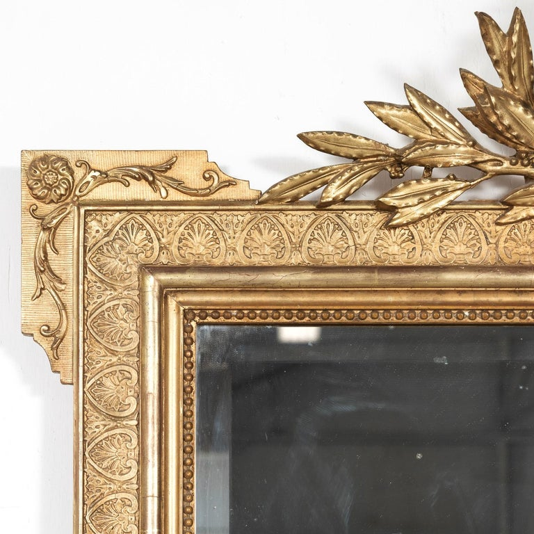 19th Century French Louis XVI Style Carved Giltwood Mirror For Sale 1