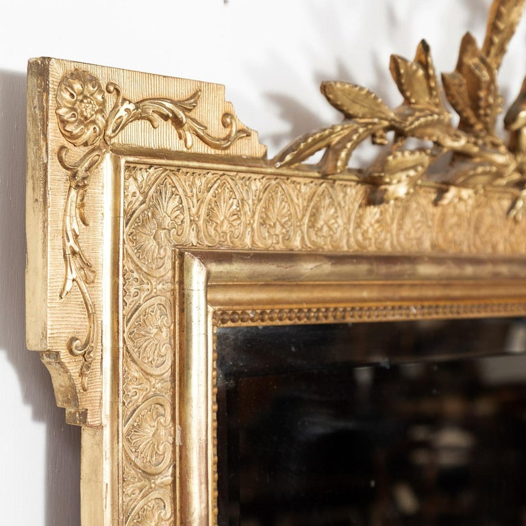 19th Century French Louis XVI Style Carved Giltwood Mirror For Sale 2