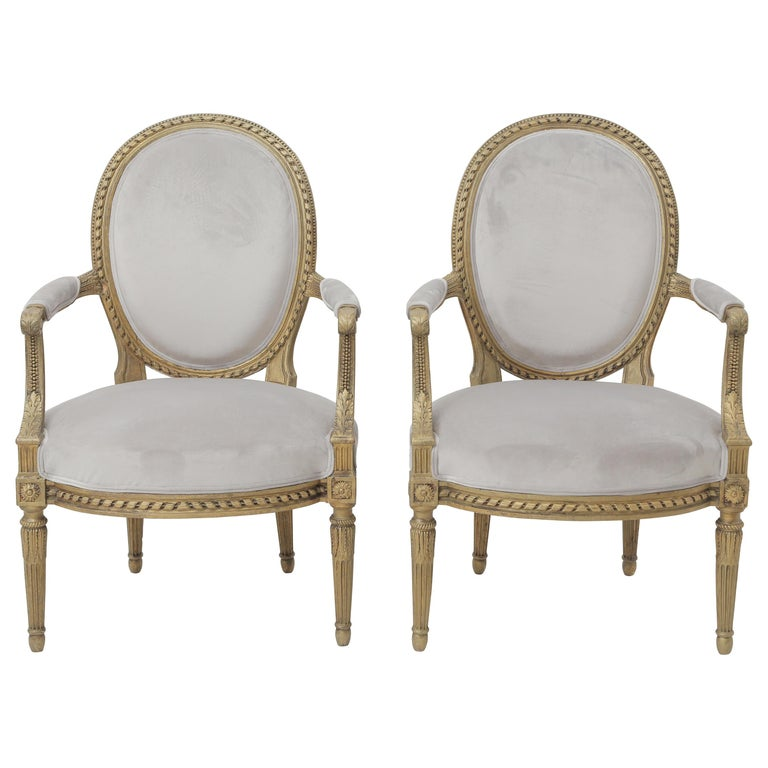 19th Century French Louis XVI Style Carved Giltwood & Pale Grey Suede Armchairs For Sale