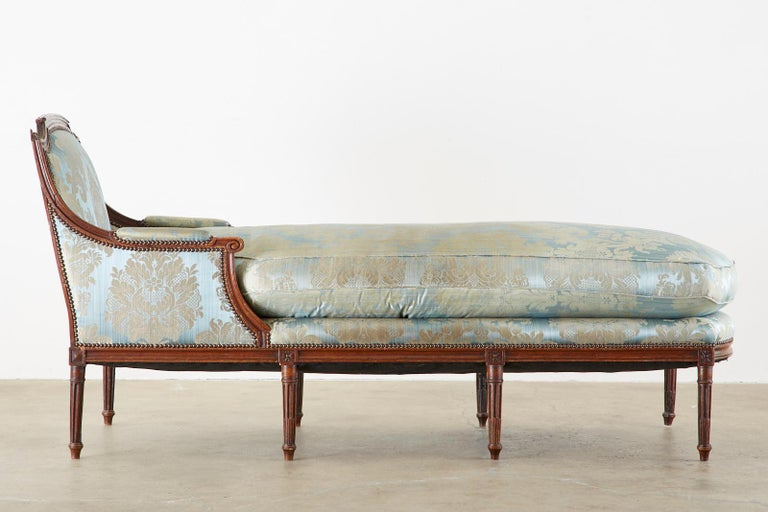 19th Century French Louis XVI Style Chaise Lounge Daybed For Sale 8