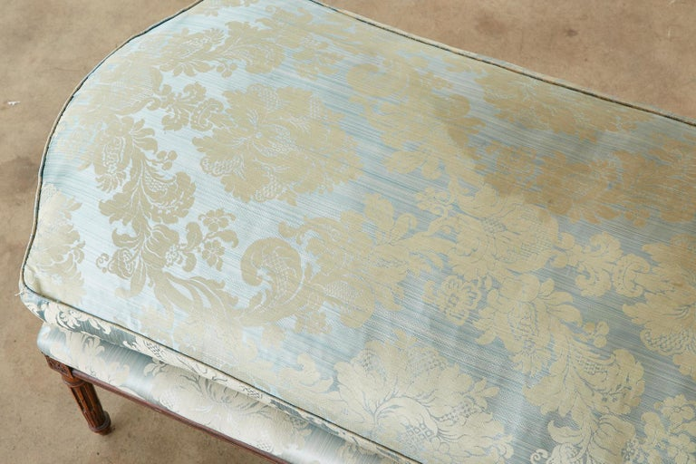 19th Century French Louis XVI Style Chaise Lounge Daybed For Sale 11