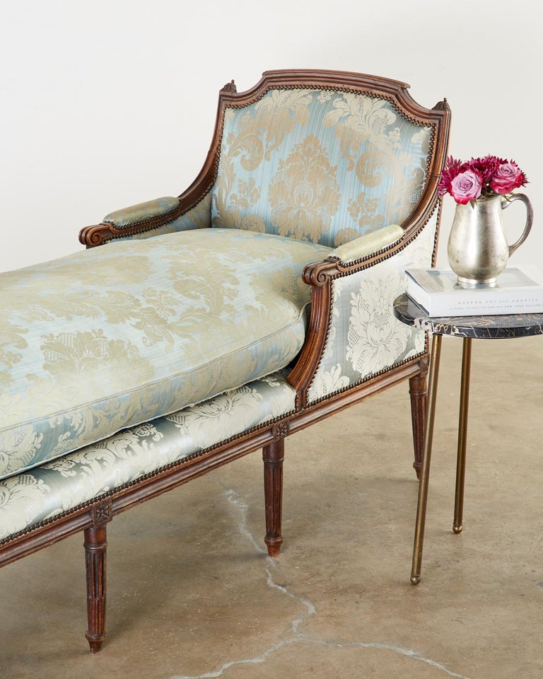 19th Century French Louis XVI Style Chaise Lounge Daybed For Sale 12