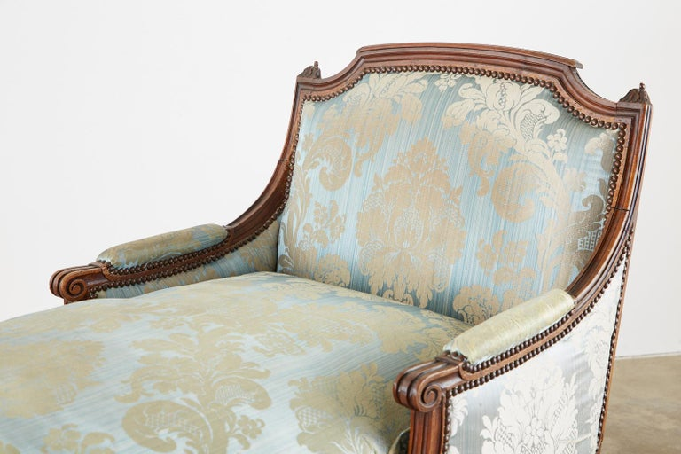 19th Century French Louis XVI Style Chaise Lounge Daybed In Fair Condition For Sale In Oakland, CA