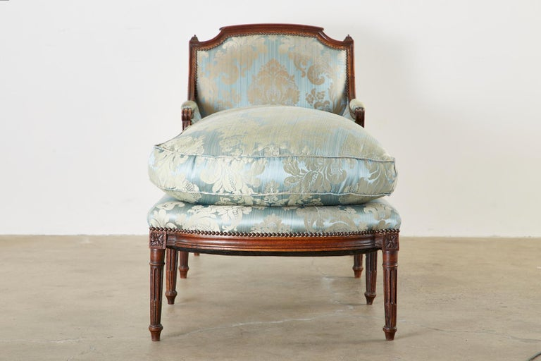 19th Century French Louis XVI Style Chaise Lounge Daybed For Sale 2