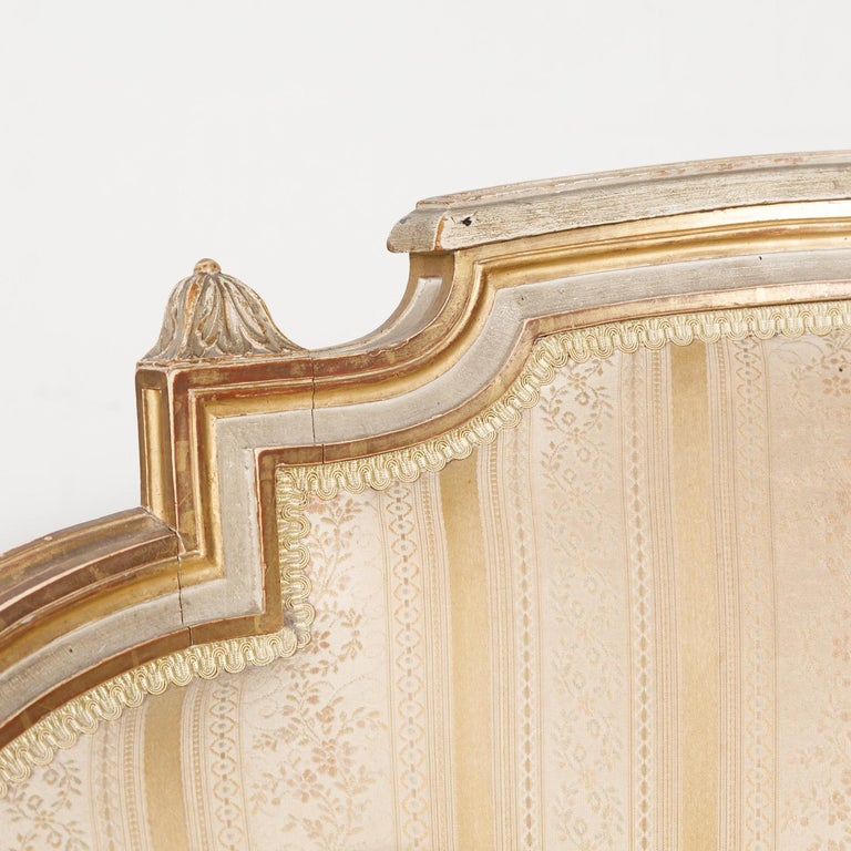 19th Century French Louis XVI Style Painted Duchesse Brisée Chaise Lounge For Sale 6