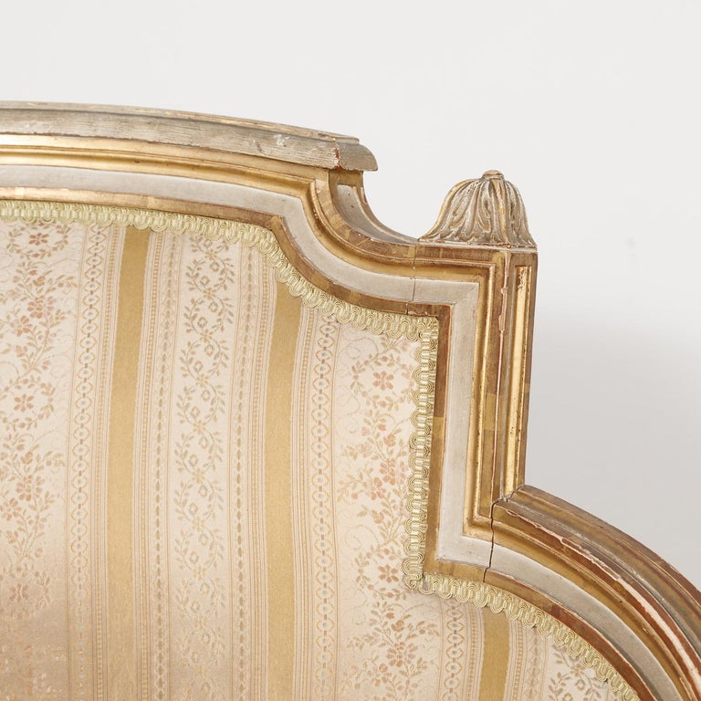 19th Century French Louis XVI Style Painted Duchesse Brisée Chaise Lounge For Sale 7