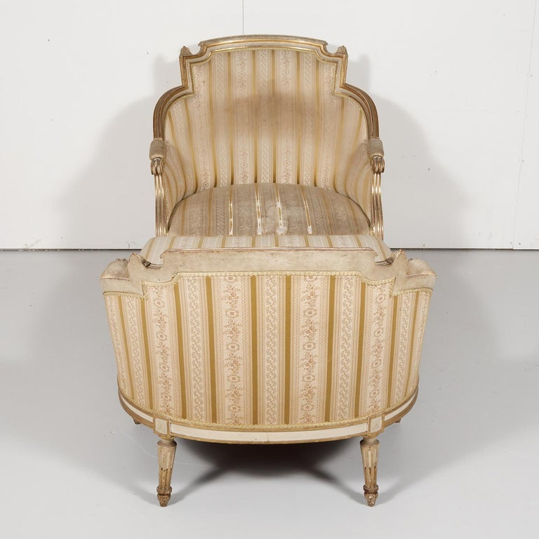 19th Century French Louis XVI Style Painted Duchesse Brisée Chaise Lounge For Sale 8