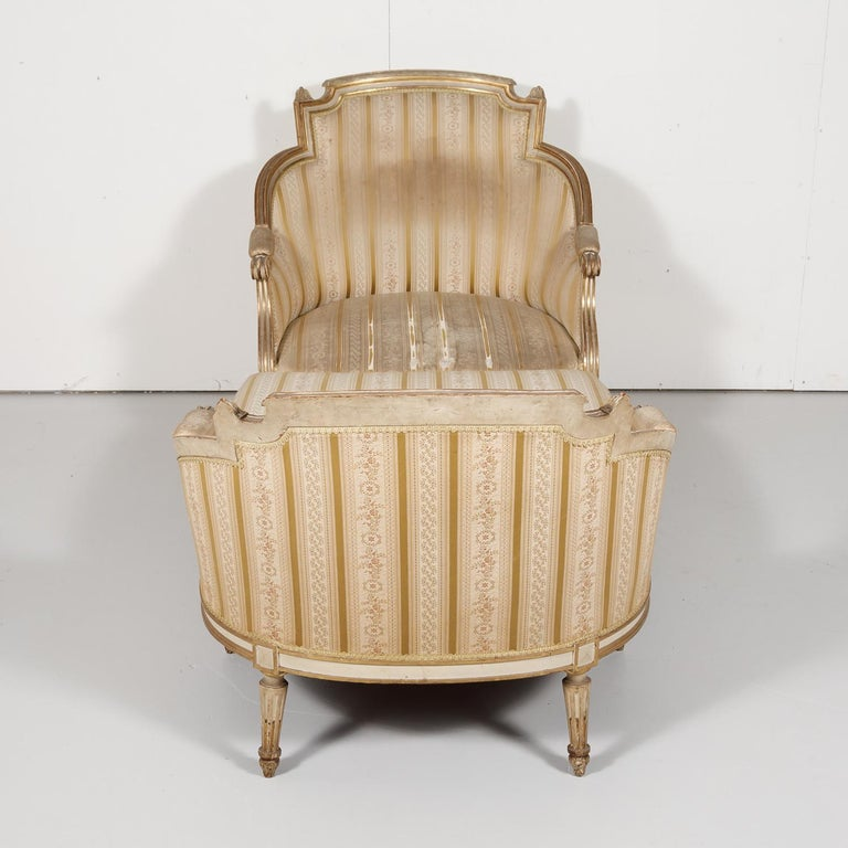 19th Century French Louis XVI Style Painted Duchesse Brisée Chaise Lounge For Sale 9