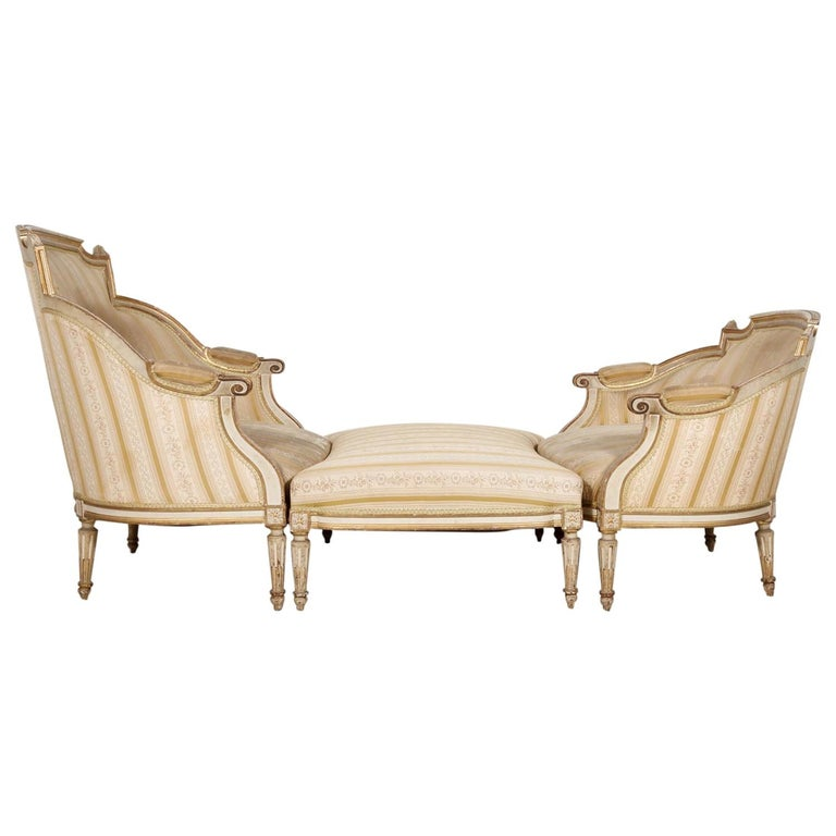 19th Century French Louis XVI Style Painted Duchesse Brisée Chaise Lounge For Sale