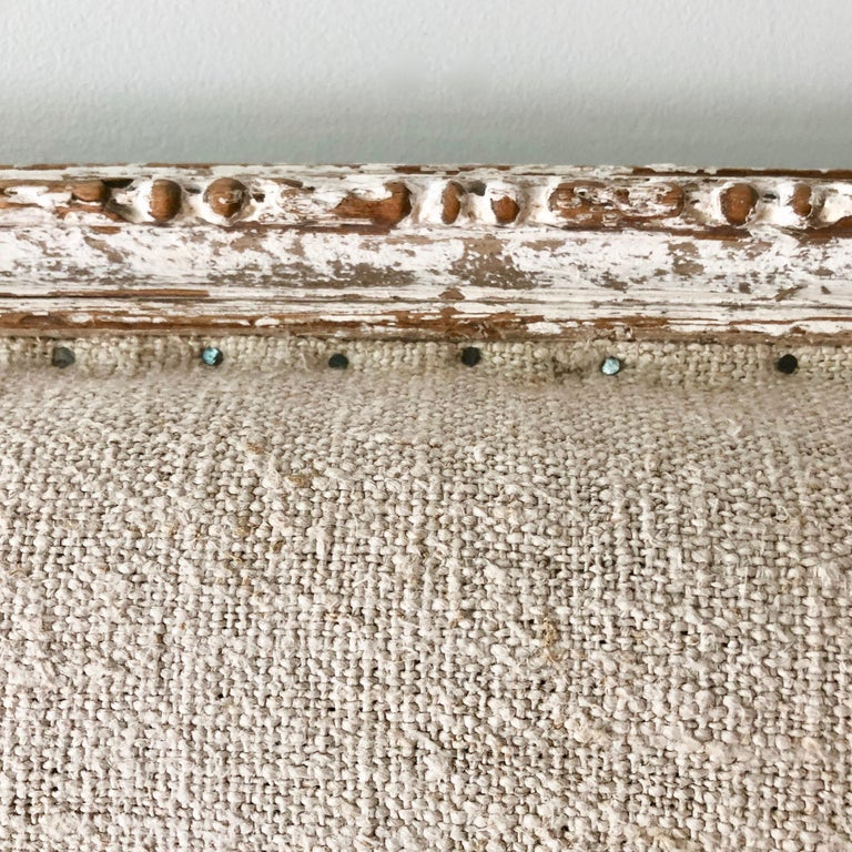 Linen 19th Century French Louis XVI Style Settee For Sale