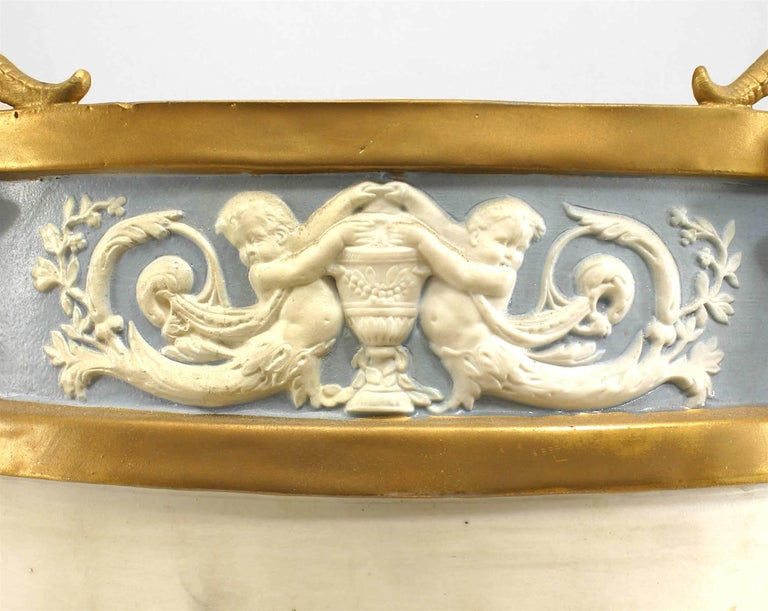 19th Century French Louis XVI Style Sèvres Porcelain Jardiniere In Good Condition For Sale In New York, NY
