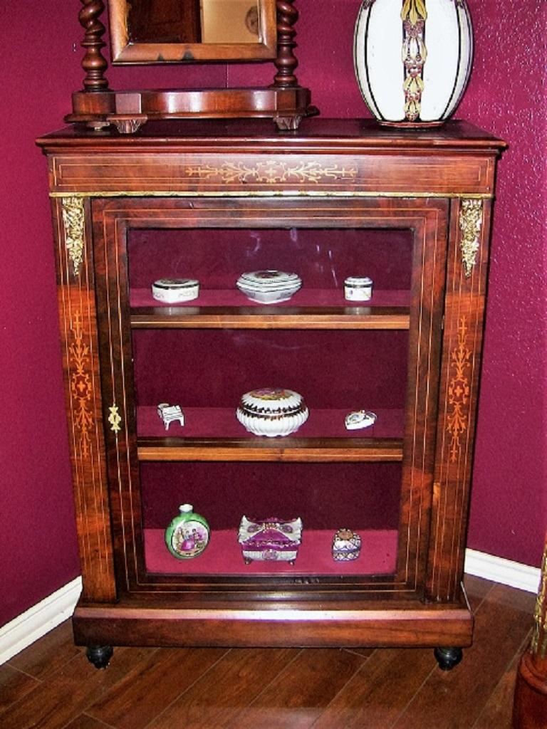 19th Century French Louis XVI Style Vitrine For Sale 7