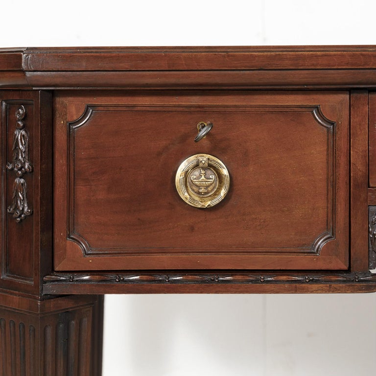 19th Century French Louis XVI Style Walnut Bureau Plat or Desk with Leather Top For Sale 6