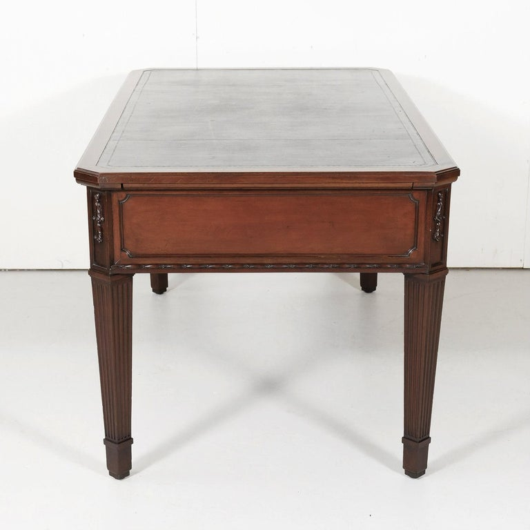 19th Century French Louis XVI Style Walnut Bureau Plat or Desk with Leather Top For Sale 9