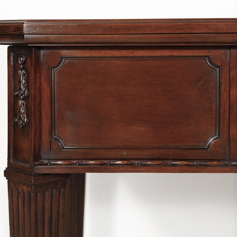 19th Century French Louis XVI Style Walnut Bureau Plat or Desk with Leather Top For Sale 13