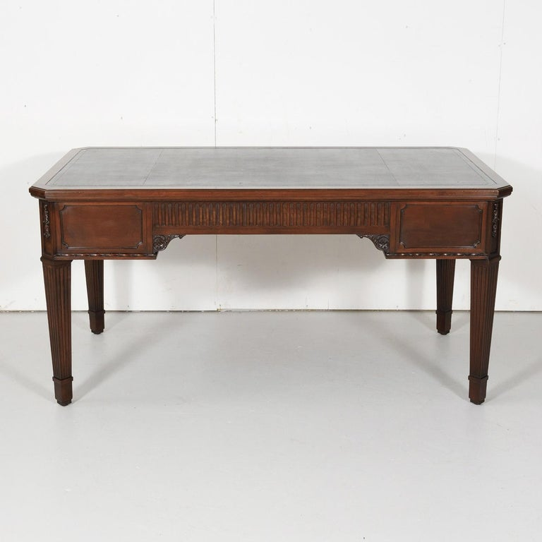 19th Century French Louis XVI Style Walnut Bureau Plat or Desk with Leather Top For Sale 14