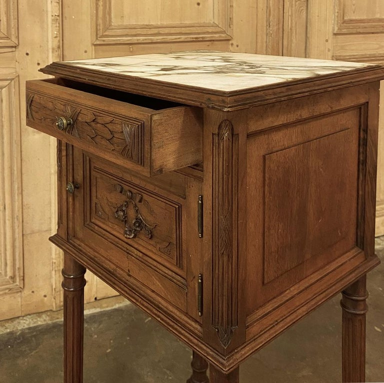 19th Century French Louis XVI Walnut Marble Top Nightstand For Sale 4