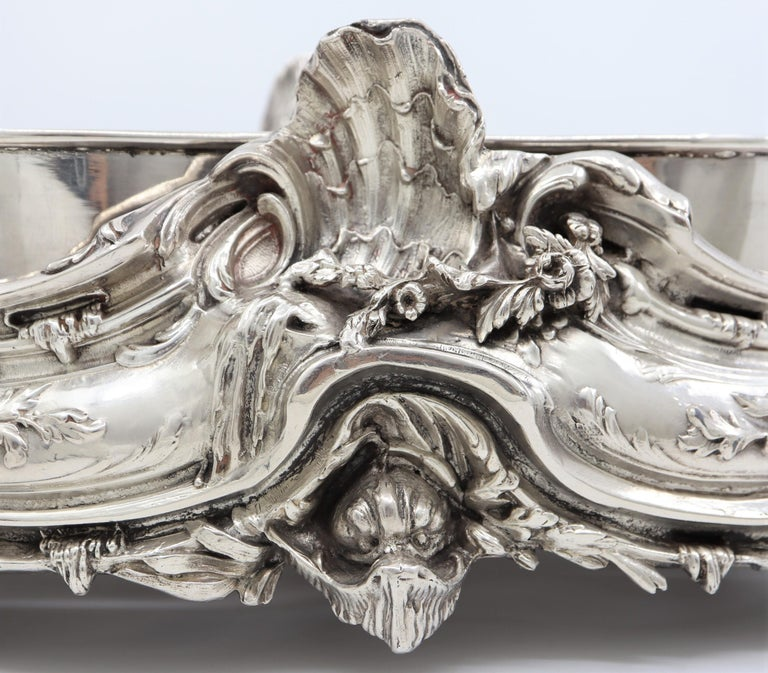 19th Century French, Magnificent Silver Plated Centrepiece with Mirror Base For Sale 4