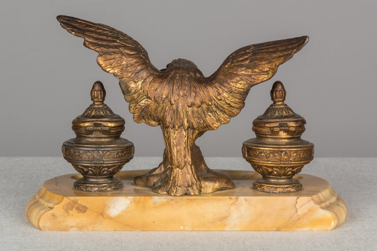 19th Century French Marble Inkwell with Bronze Eagle In Good Condition For Sale In Winter Park, FL