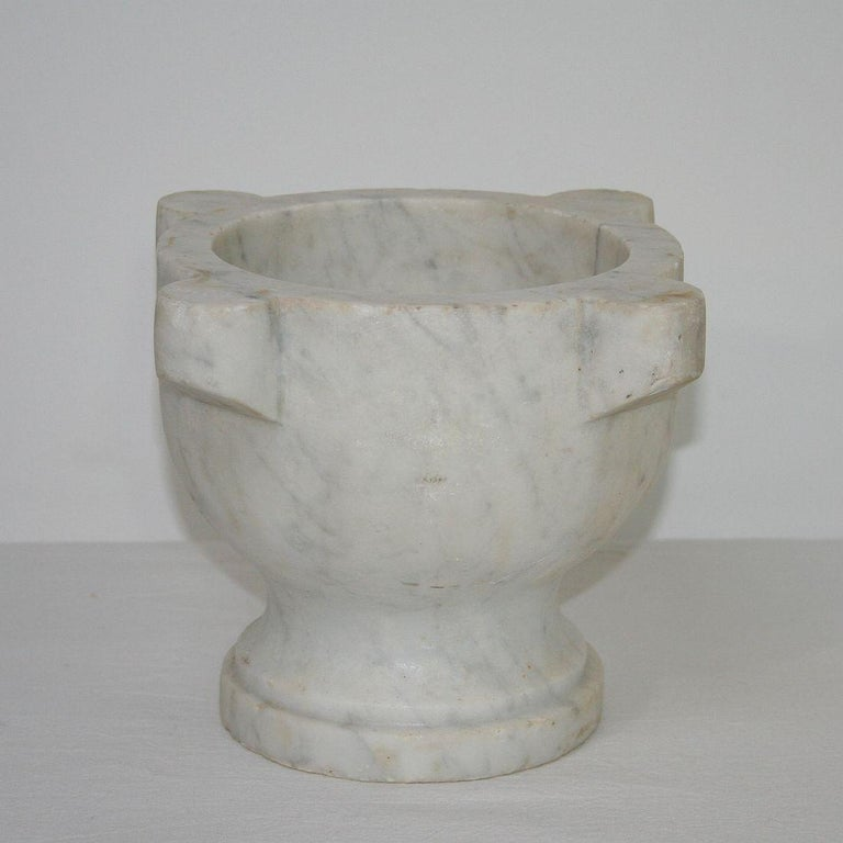 Hand-Crafted 19th Century French Marble Mortar For Sale
