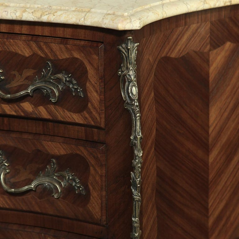 19th Century French Marble-Top Serpentine Commode For Sale 6