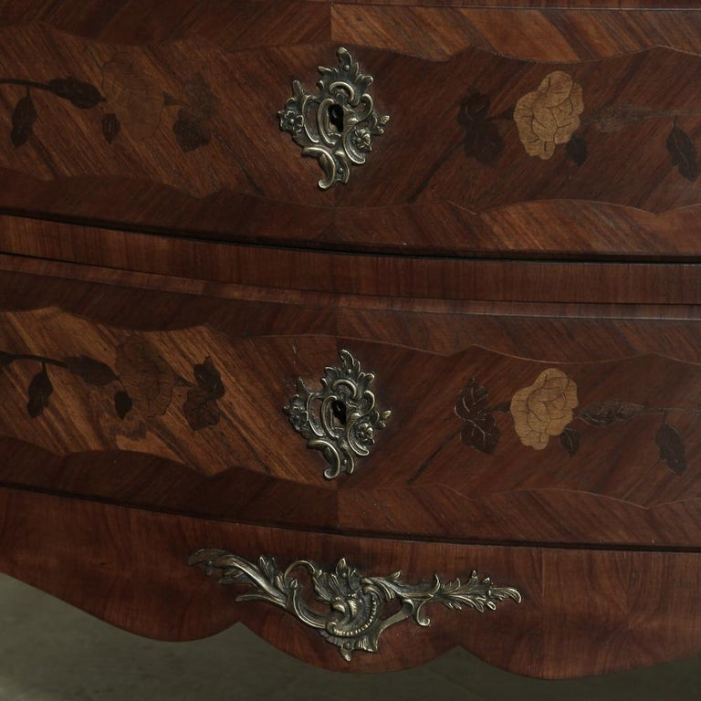 19th Century French Marble-Top Serpentine Commode For Sale 9