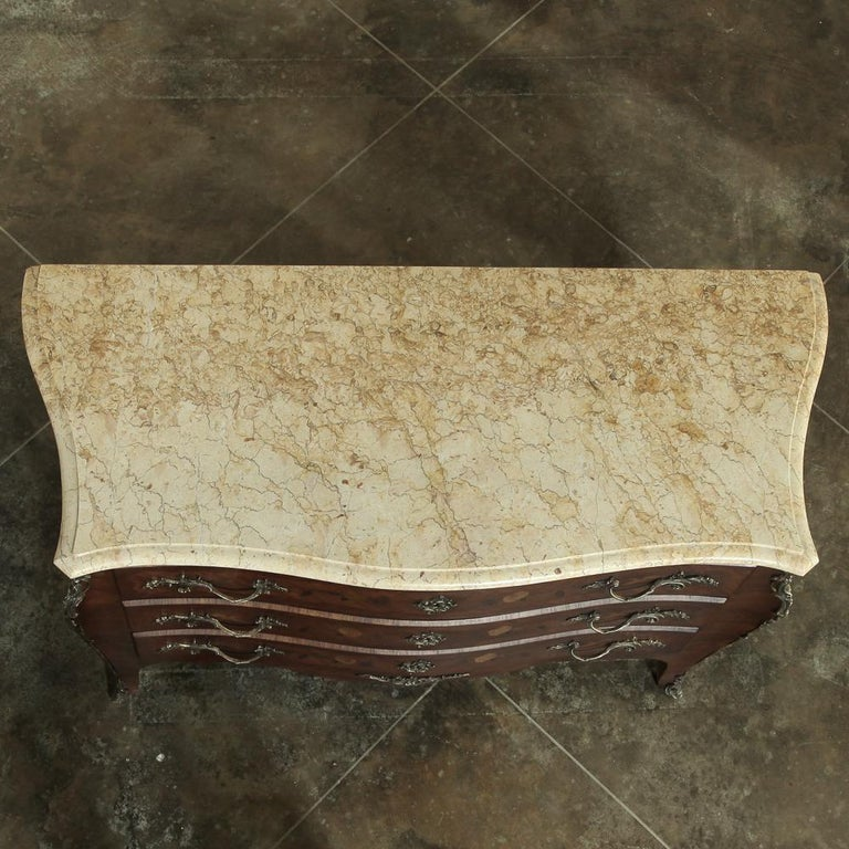 19th Century French Marble-Top Serpentine Commode For Sale 10