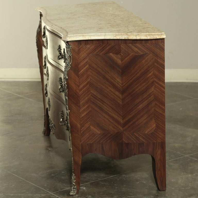 Hand-Crafted 19th Century French Marble-Top Serpentine Commode For Sale