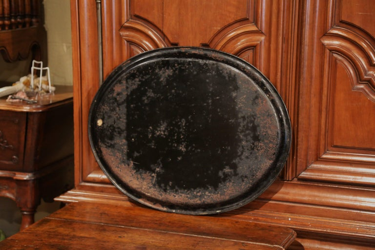 19th Century French Napoleon III Oval Tole Tray with Hand Painted Medallion For Sale 2