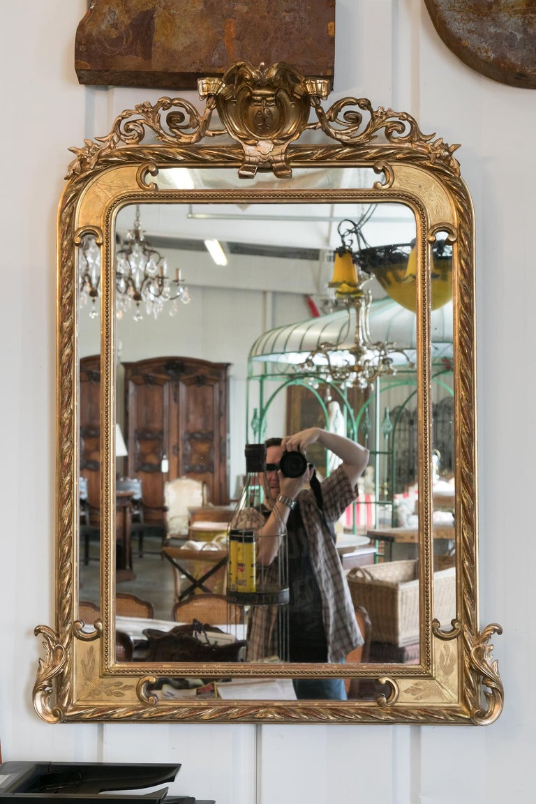 19th Century French Napoleon III Giltwood Pareclose Mirror In Good Condition For Sale In Birmingham, AL