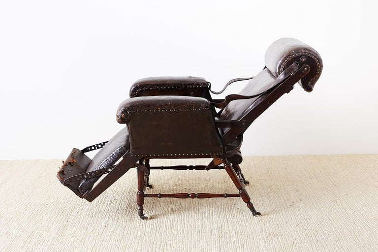19th Century French Napoleon III Leather Reclining Armchair For Sale 9