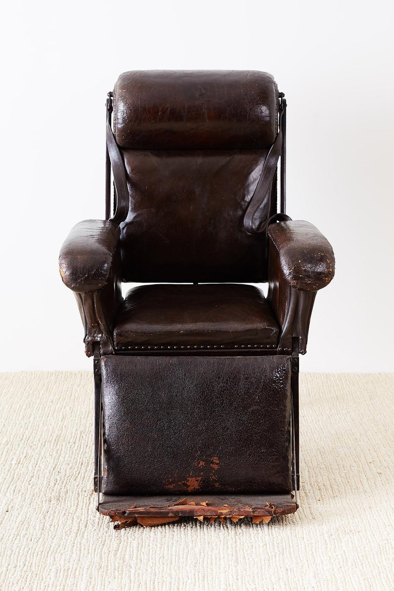Mahogany 19th Century French Napoleon III Leather Reclining Armchair For Sale
