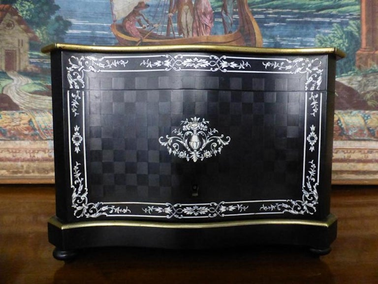 19th Century French Napoleon III Marquetry and Ivory Cigar Humidor For Sale 1