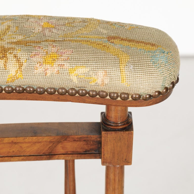 19th Century French Napoleon III Period Prie Dieu or Prayer Chair For Sale 1